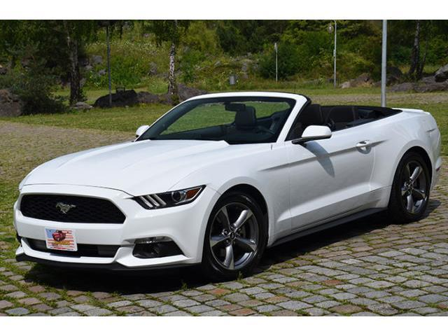 verkauft ford mustang cabrio 3 7 v6 au gebraucht 2015 km in bielefeld. Black Bedroom Furniture Sets. Home Design Ideas