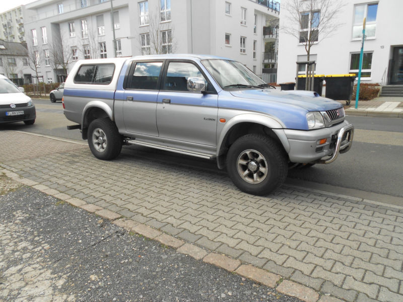 verkauft mitsubishi l200 pick up 4x4 gebraucht 2001 km in dresden. Black Bedroom Furniture Sets. Home Design Ideas
