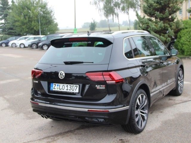 verkauft vw tiguan highline r line all gebraucht 2017 km in limbach oberfrohna. Black Bedroom Furniture Sets. Home Design Ideas