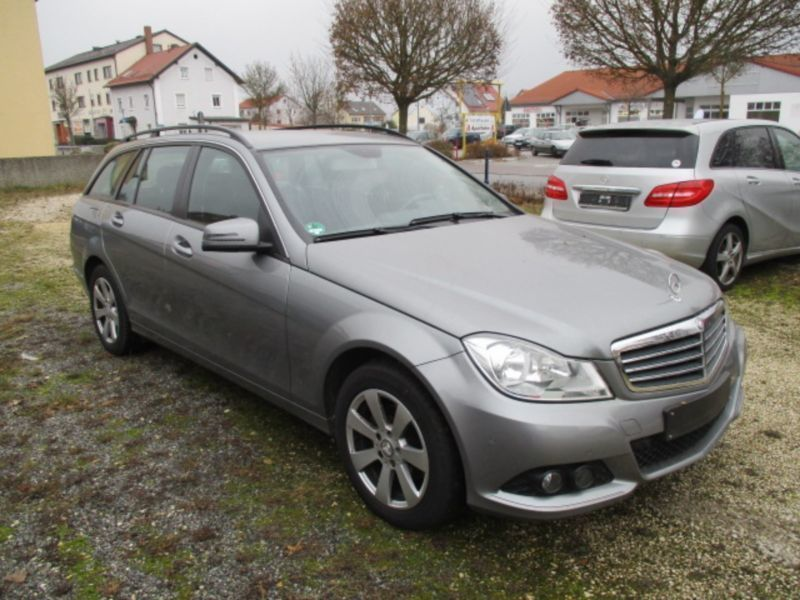 verkauft mercedes c200 c klasse t mode gebraucht 2012 km in obertraubling. Black Bedroom Furniture Sets. Home Design Ideas