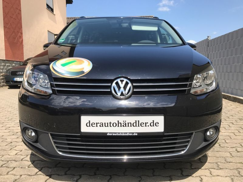 verkauft vw touran 1 6 tdi match 7 sit gebraucht 2012. Black Bedroom Furniture Sets. Home Design Ideas