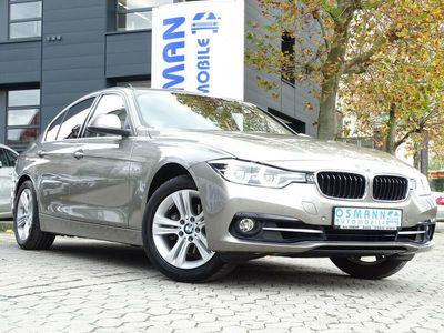 gebraucht BMW 320 i Sport Line/1.HAND/LED/SCHIEBEDACH/AHK/NAVI als Limousine in Krefeld