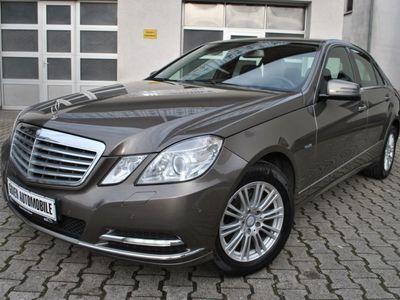 gebraucht Mercedes E300 CDI BlueEfficiency LEDER NAV PDC TOP 1,99%