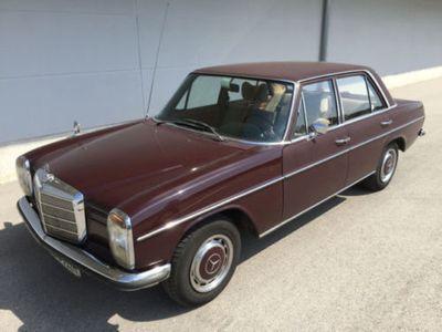 gebraucht Mercedes 200/8 in gutem Zustand