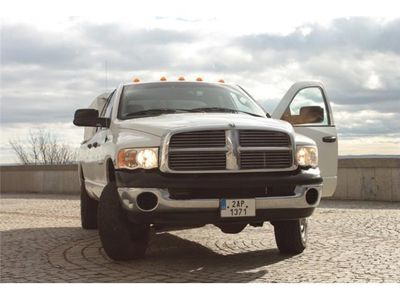 verkauft dodge ram 3500 cummins gebraucht 2005 km in prag. Black Bedroom Furniture Sets. Home Design Ideas