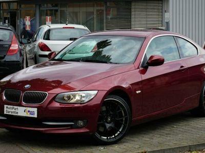 "gebraucht BMW 325 i / Navi / Xenon / Leder / 19"" / PDC /"