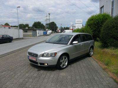gebraucht Volvo V50 Kombi 2.0 D Momentum*Klimaanlage*136500Tkm