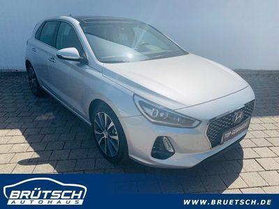 gebraucht Hyundai i30 Premium 1.4 T-GDI LEDER / NAVI / PANORAMA