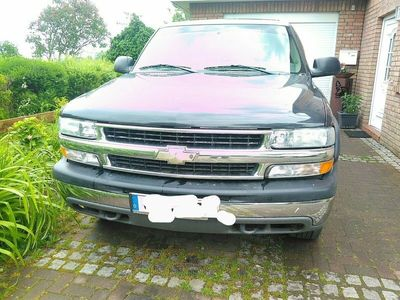 gebraucht Chevrolet Tahoe LT 4*4 mit LPG und Benzin als SUV/Geländewagen/Pickup in Riepsdorf