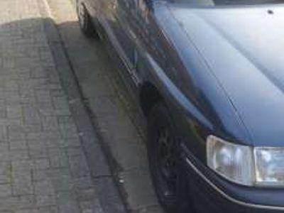 gebraucht Ford Escort 16V CLX