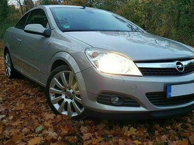 gebraucht Opel Astra Cabriolet H Twintop 140 PS Automatik als Cabrio/Roadster in Neu Ulm