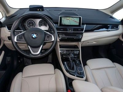 gebraucht BMW 220 Gran Tourer 2er Gran Tourer i Sport Line Aut. Navi*LED*AHK 2er 220i Sport Line Aut. Navi*LED*AHK