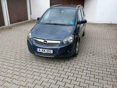 gebraucht Opel Zafira BJ 2011 TÜV 01/23