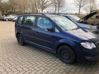 gebraucht VW Touran 1.9 TDI Automatik mit Mängeln Festpreis