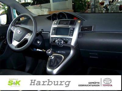 gebraucht Toyota Verso Skyview Edition 5-Sitzer 1,6-l-D (112 PS) 6-Gang