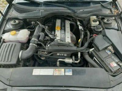 gebraucht Opel Omega Caravan 2.2 16 V Selection