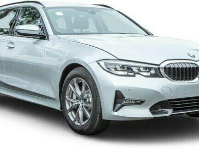 gebraucht BMW 330 330 i touring*SPORT LINE*STEPTR*/NAVI/LED/UPE:51