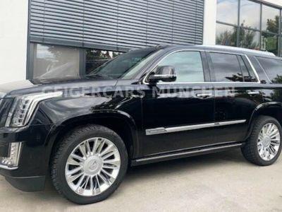 gebraucht Cadillac Escalade 6.2 V8 Platinum Werksgarantie