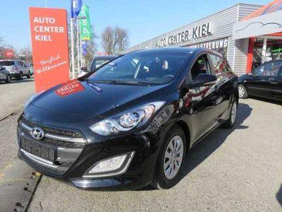 gebraucht Hyundai i30 i30 Kombiblue Kombi 1.6 CRDi, Classic Navigation
