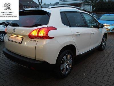 gebraucht Peugeot 2008 Allure 120 VTI Automatik+PDC+SHZ+NAVI