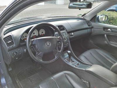 gebraucht Mercedes CLK200 Coupe Sport / Schiebedach / Leder