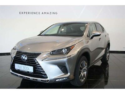 gebraucht Lexus NX300h EXECUTIVE LINE *NAVI,LED,SAFETY SYSTEM*