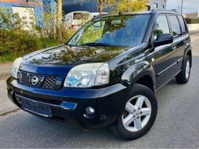 used Nissan X-Trail 2.5 L Sport 4x4 Automatik TÜV Neu AHK Tempo. 1Hand