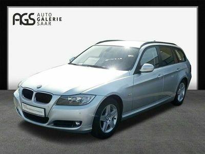 gebraucht BMW 318 318 Baureihe 3 Touring i Multif.Lenkrad Klima SHZ PDC ESP Seitenairb. AHK BC NSW met. Dachtr.