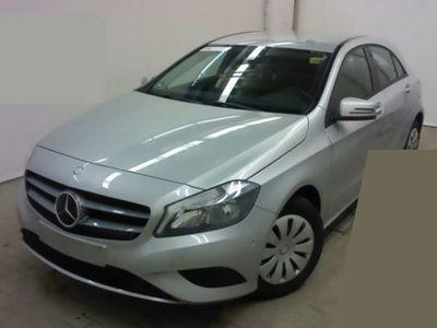 gebraucht Mercedes A180 BlueEFFICIENCY / AUTOMATIK / 1.HAND