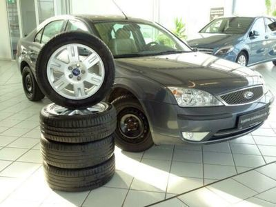 gebraucht Ford Mondeo 2.5 Ghia *VollLederAusstattung*AHK*ALU*M+S*AUTOMATIK