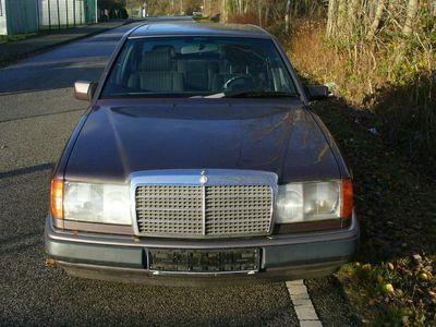 gebraucht Mercedes E250 D als Limousine in Hohn