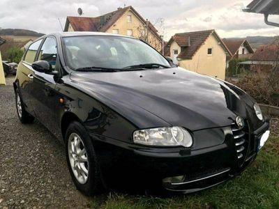 gebraucht Alfa Romeo 147 1.9 JTD 16V /TÜV neu!/ 8-fa... als Kleinwagen in Veitshöchheim