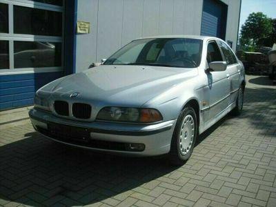 gebraucht BMW 523 i Klimaautomatik geht/Sitzheizung/TÜV neu