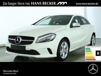 gebraucht Mercedes A180 Urban Panorama-Schiebedach LED