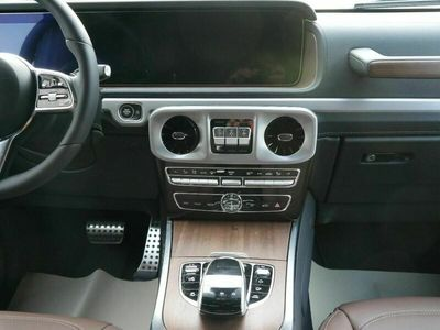 gebraucht Mercedes G350 Station 9G-TRONIC 4x4 * AHK * LEDER BRAUN * PARK- ASSISTENZ-& EDELSTAHLPAKET * SCHIEBEDACH * MULTIBEAM LED * WIDESCREEN COCKPIT