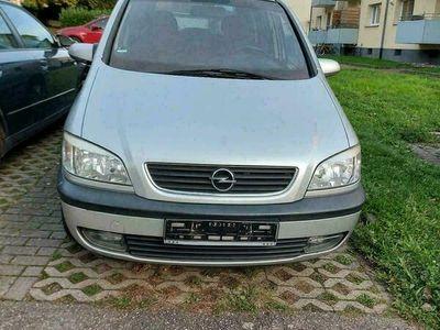 gebraucht Opel Zafira 2.2 147 PS.
