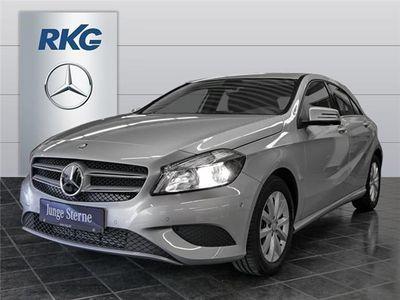 gebraucht Mercedes A180 Style*Navi*Parkassistent*Sitzheizung