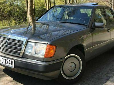 gebraucht Mercedes 260 E*WERTGUTACHTEN Note 2 €12.500,00*NAVI*SSD