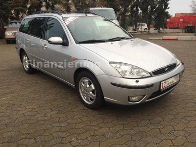 gebraucht Ford Focus Turnier Ghia Exclusiv*SHZ*Xenon*SD*AHK*