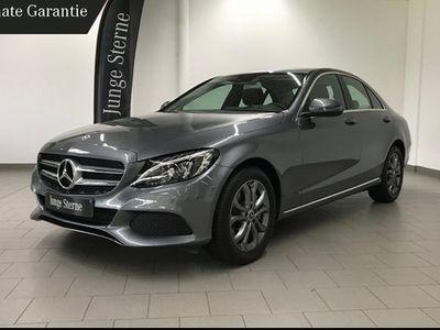 gebraucht Mercedes C250 AVANTGARDE/LED HIGH/NAVI/PARK-PILOT/TOTWIN
