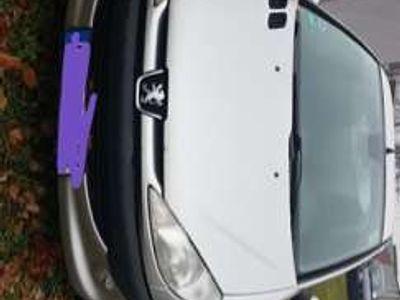 gebraucht Peugeot 206 60 Filou