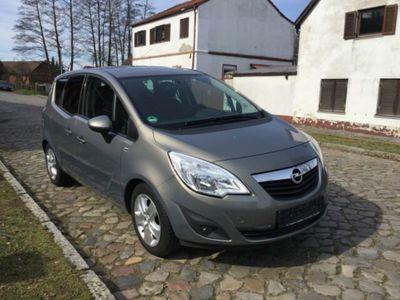 gebraucht Opel Meriva B Design Edition