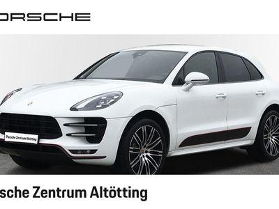 gebraucht Porsche Macan Turbo mit Performance Paket