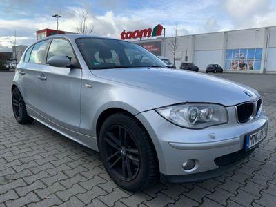 gebraucht BMW 120 d Aut./Xenonlicht/Navi/Schiebedach