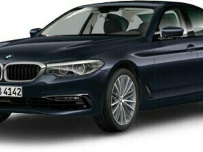 gebraucht BMW 525 525 d Sport Line Park-Assistent LED Navi Keyless ACC Parklenkass. Rückfahrkam. Fernlichtass.