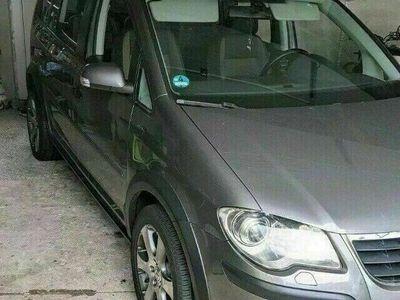 gebraucht VW Touran Cross TSI DSG
