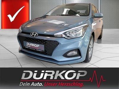 gebraucht Hyundai i20 1.2 Select LM-Felgen Metalliclacierung