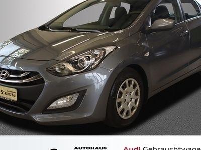 gebraucht Hyundai i30 1.6 CRDi DPF, LimHb Trend KLIMA ALU