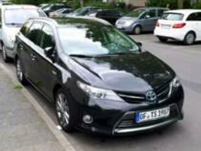 käytetty Toyota Auris Touring Hybrid