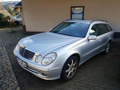 gebraucht Mercedes E500 E-Klasse T-Modell (BM 211)